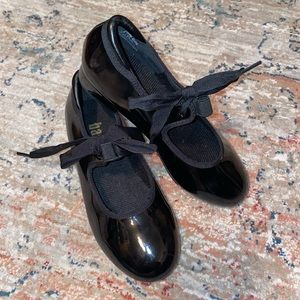 Black Balera Tap Shoes
